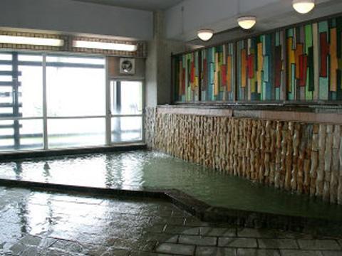 24時間いつでもご利用いただける豊富な湯量の大浴場