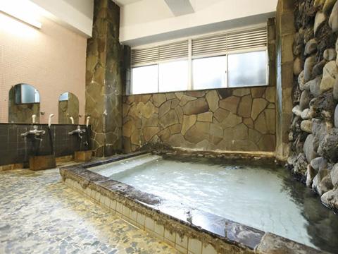 さっぱりとした湯上りの自家源泉を使った大浴場