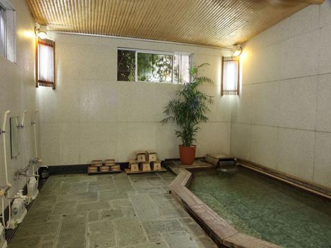 貸し切りでご利用いただけるお風呂も24時間ご入浴可能